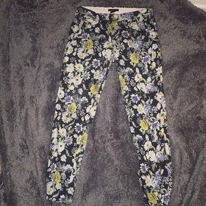 Flower pattern skinny pants